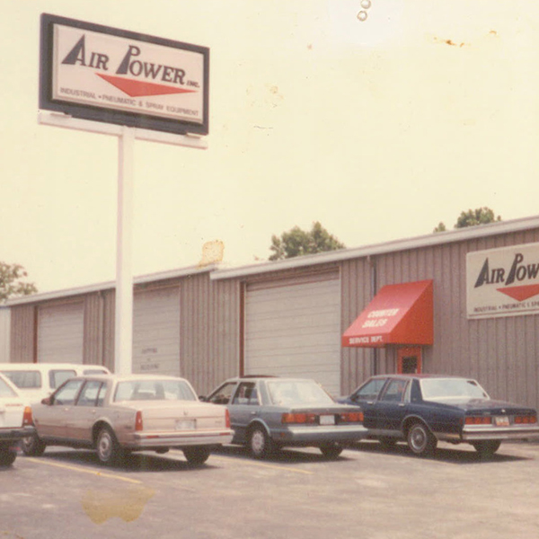 1983: Chattanooga location opened.
